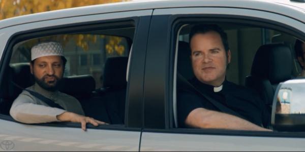 Toyota сняла рекламный ролик с участием представителей четырех мировых религий